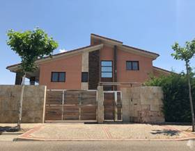 villas sale in laguna de duero